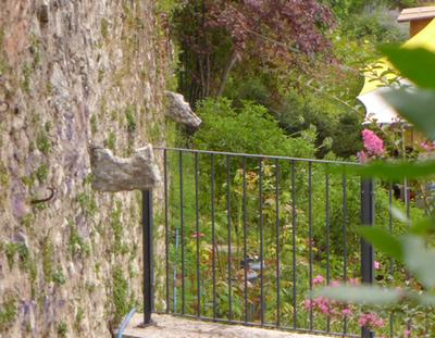 Gardelini su muro di cesura a Villa L.