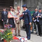 Dono della bandiera alla sindaco